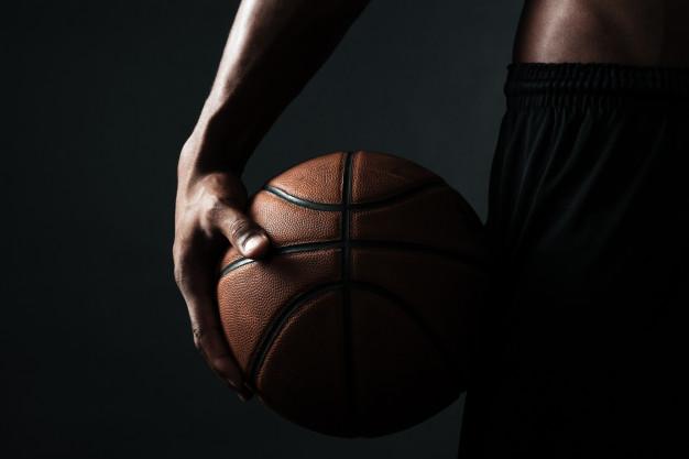 กีฬาบาสเก็ตบอลจะช่วยทำให้สูงขึ้น